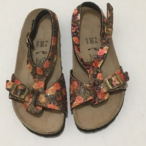 Women's studed Birkis Sandals sz 6